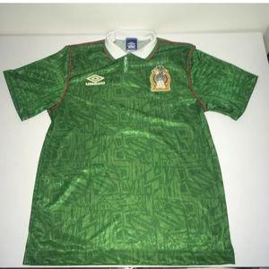 🔥⚽️Vtg Umbro El Tri Mexico soccer jersey sz M⚽️🔥